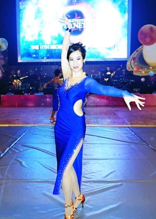 Tanner De Witt's Veronica Chan dancing at The Law Society's Sports Night